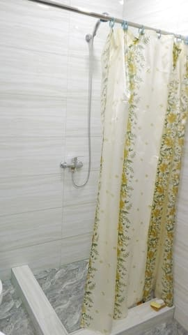 Super New Flat with balcony - Tbilisi - Byt