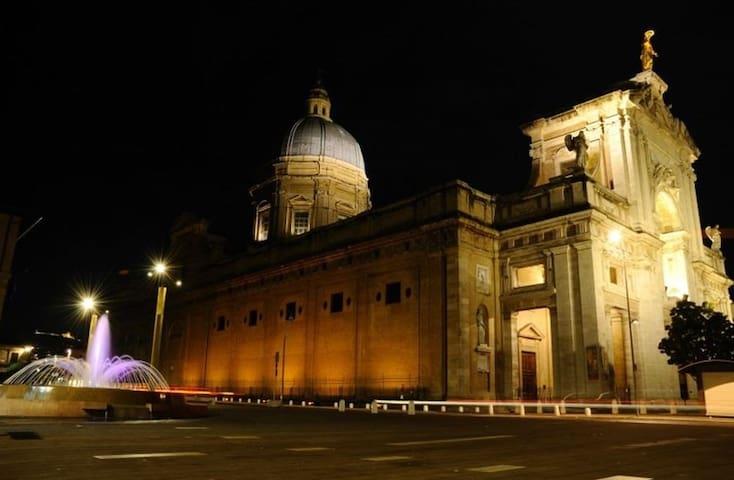 Grazioso appartamento zona Porziuncola ad Assisi - Santa Maria degli Angeli - Lägenhet