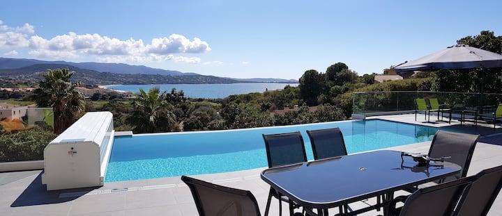 """Villa """"Eclat de Mer"""" - vue mer et piscine chauffée"""