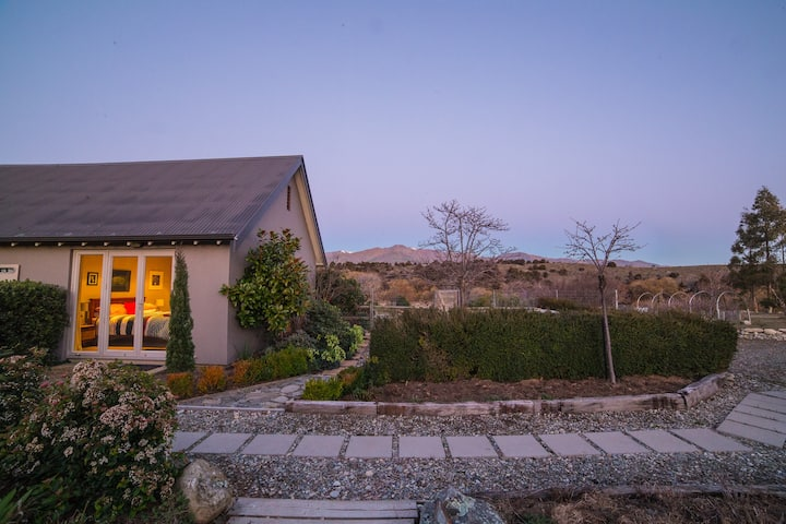 Your own private Retreat by the river at  Wanaka!