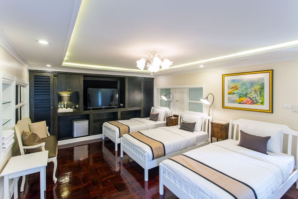 Triple single bed-room 2 of Family suite