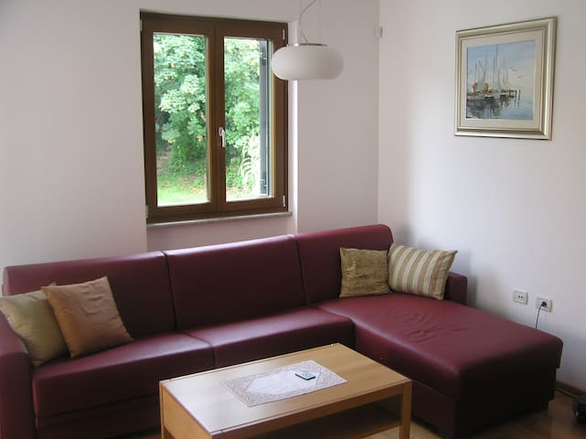 Modern Apartment Felicia - Lucija - Appartement