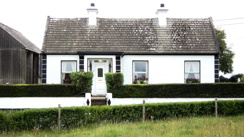 BogOak Cottage