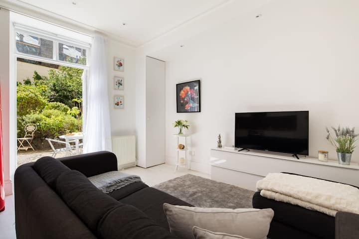 Contemporary Garden Apartment - Marylebone
