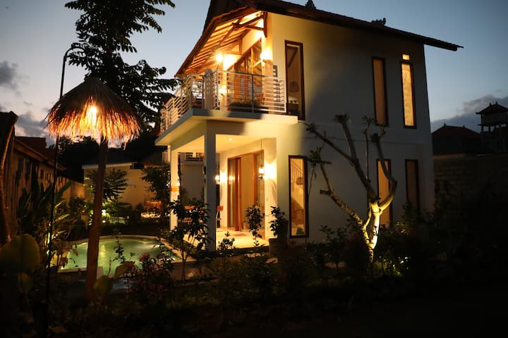 One Bedroom Villa with Private  pool Central Ubud