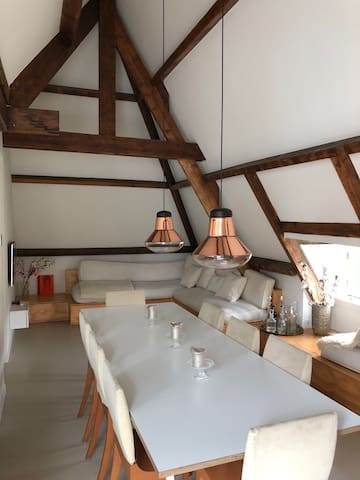 Spacious apartment for 2 with roof terrace