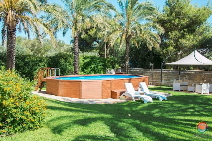 Villa Velia with pool and private garden