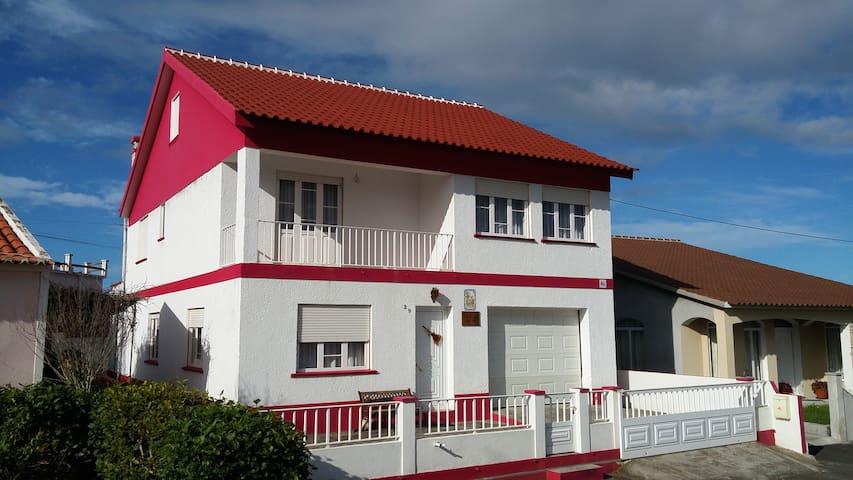 Vivenda Porto de Abrigo - Praia da Vitória - Casa