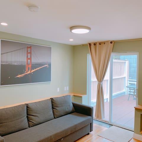 2BR/1BA Clean & Quiet SF Portola Home