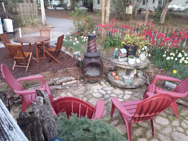Spring time at inlet cottage enjoy a cup of coffee or glass of wine in front of the fire