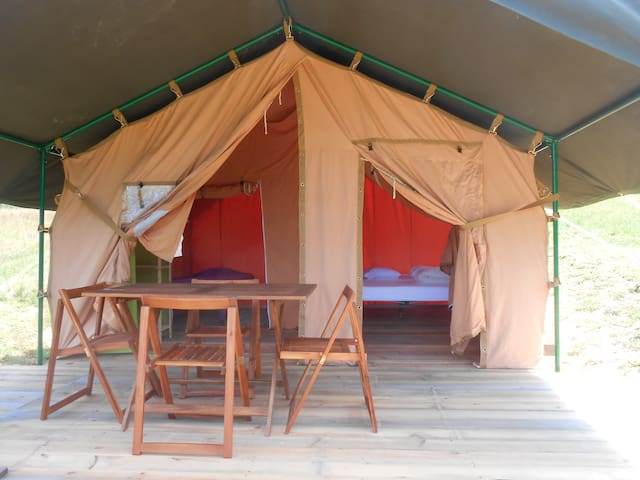 """Tente 1 aménagée sur terrasse bois """"Aneth"""""""