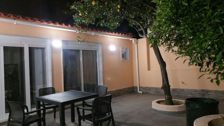 Amazing House - 2 Room with Garden private
