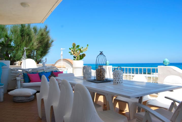 Art Villa on th Sea close to Polignano