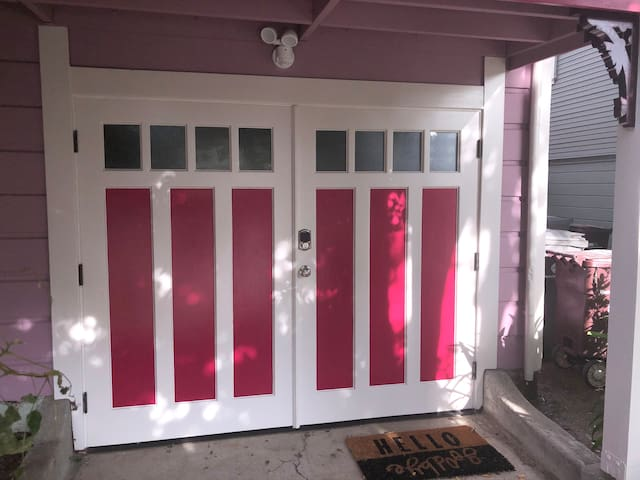 Entrance to the garage unit