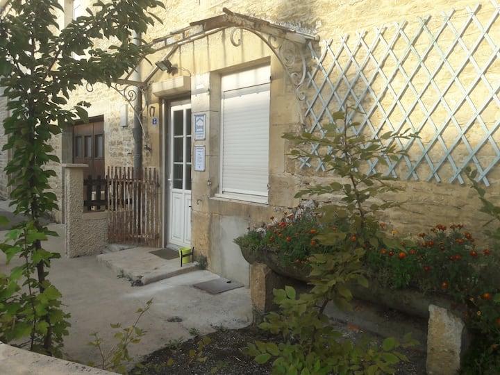 """Riaucourt, 60 m2 """"AU CALME"""" à 9km de Chaumont"""