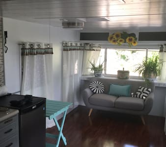 RV in Paradise $45 per night (monthly rate)