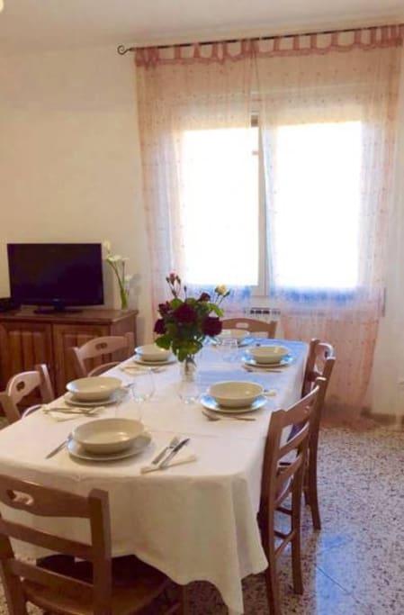 Sala da pranzo/soggiorno