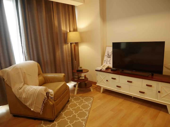 Luxury apartment 5* facilities in central Jakarta.