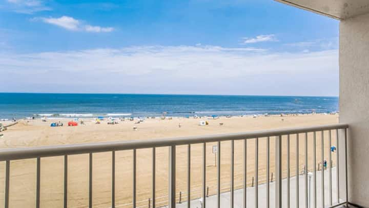 Virginia Beach Private Balcony July 24-Jul 31 2021