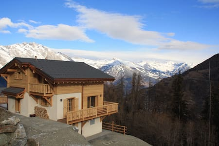Brand new chalet with stunning views-sleeps 8-10 - Riddes