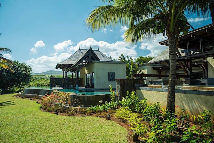Exceptional luxury villa for up to 14 persons