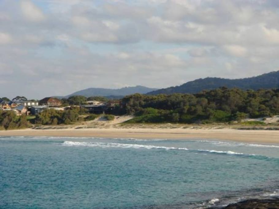 Cormorant Beach, just a 60m walk from the house and it's an off-leash dog friendly beach