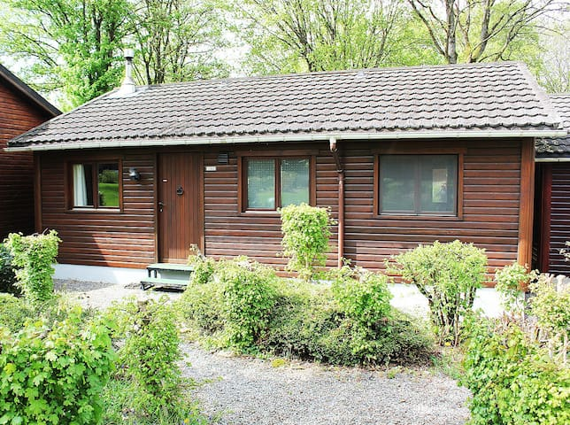 Cottage with access to l'Ourthe and near La Roche
