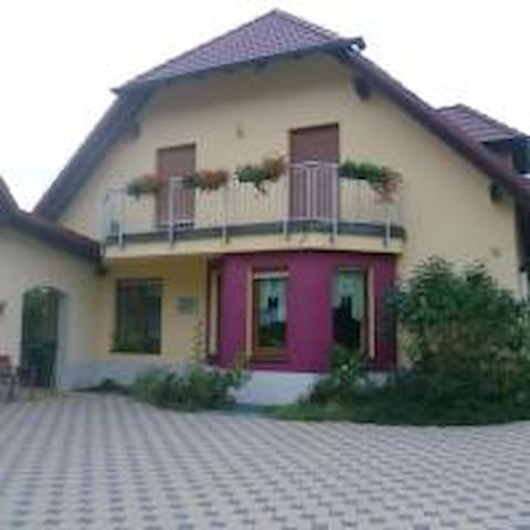 Apartment SENA - Bamberg nur 17 km entfernt!