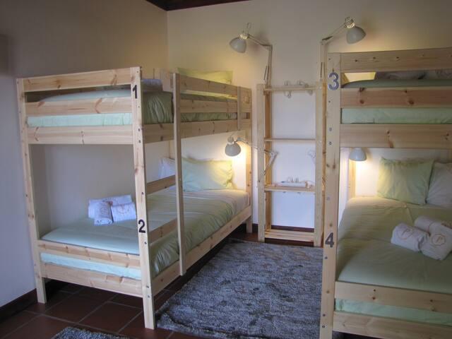 Hostel Rural Equestre - Quarto Pura Raça Espanhola