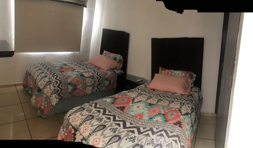 Recámara 3 camas gemelas, a/c