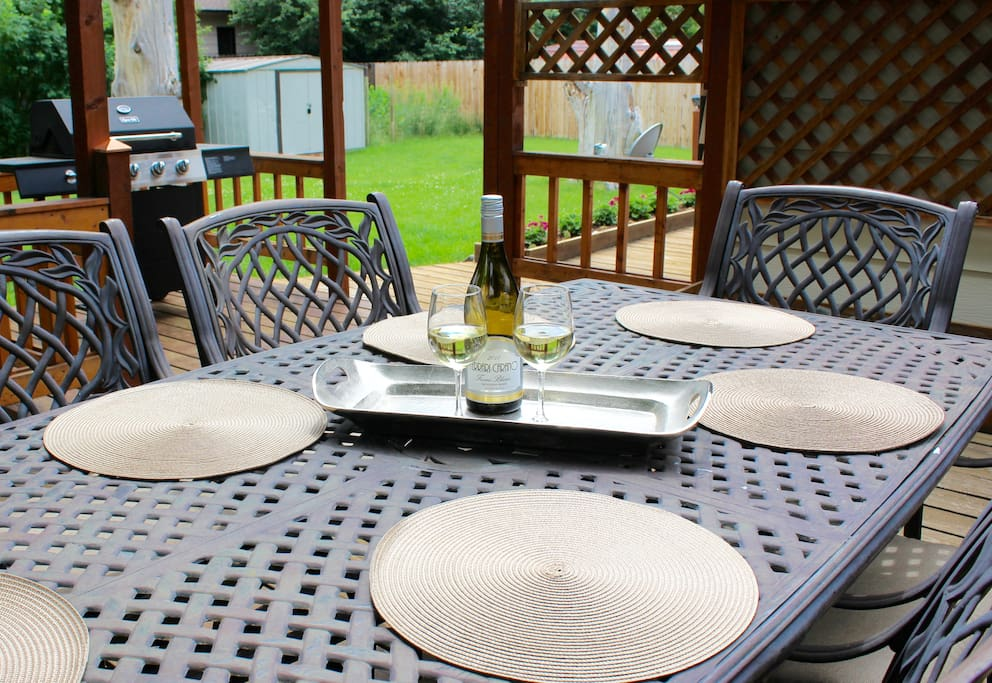 Outside deck/ Dining Table