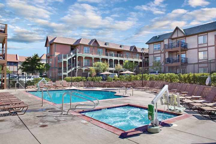 Worldmark Solvang 3BR resort Condo, Go to Denmark!