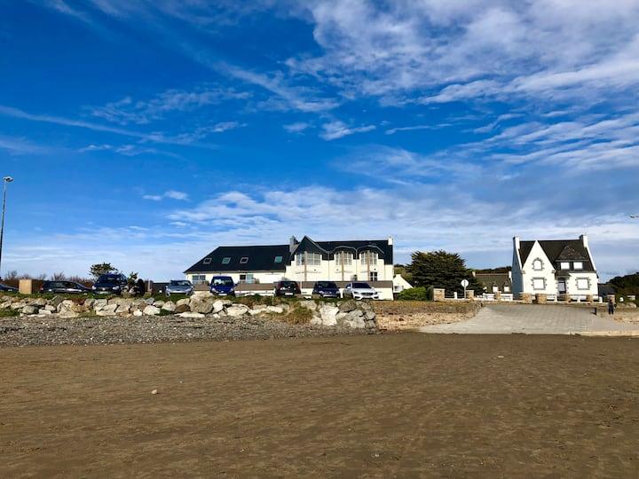 Les Pieds dans le Sable studio neuf 20m des plages