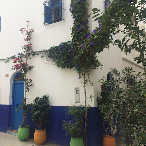 Auténtica casa marroquí en la medina de Assilah - Asilah - Huis