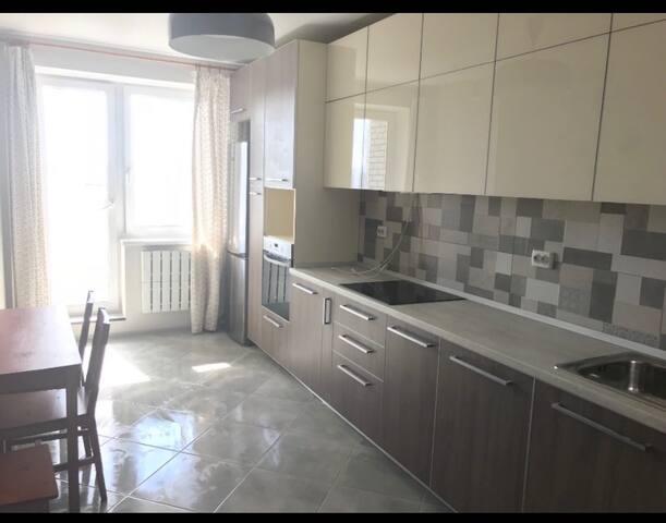 Дом с прекрасным видом Г.Kharkiv