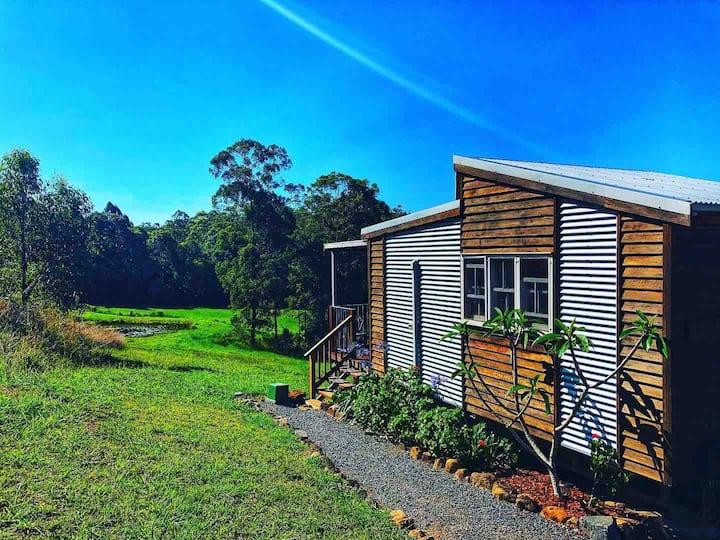 Tiny House - Shanti Cabin, Noosa Hinterland
