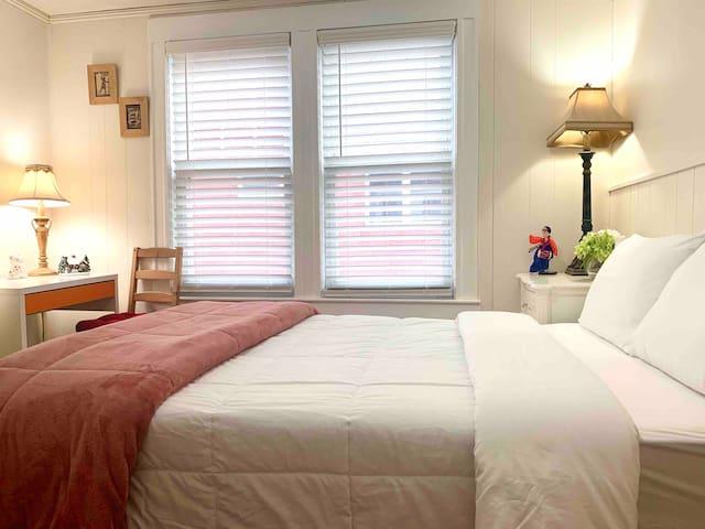Bedrooms(#C1) Adjacent to Harvard/MIT走路到哈佛