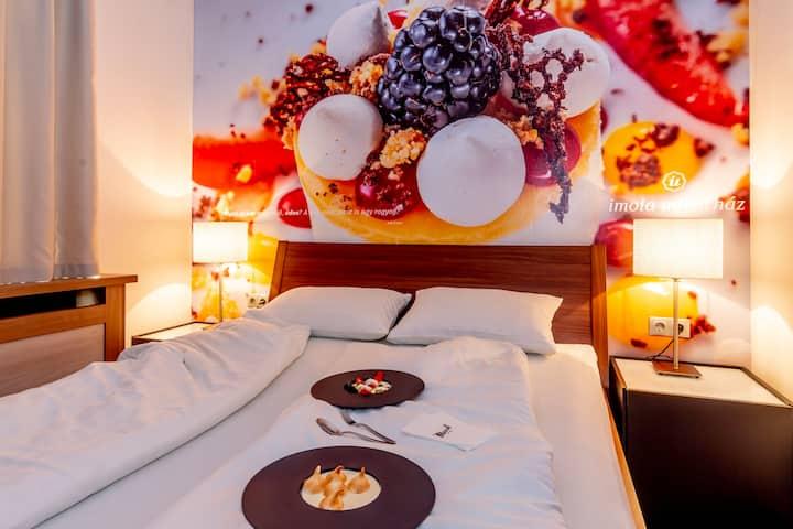 Eger belvárosi butikhotel, dessert hotel