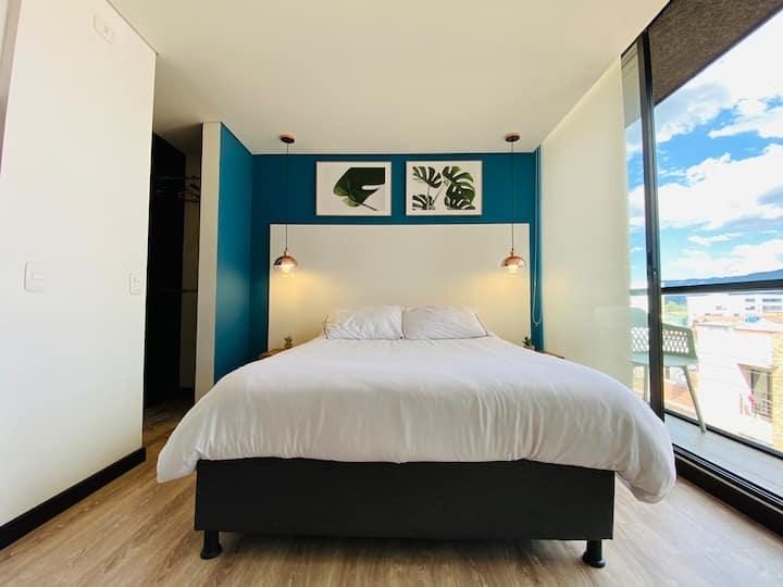 Lindo Apartamento con Balcón, gran ubicación,