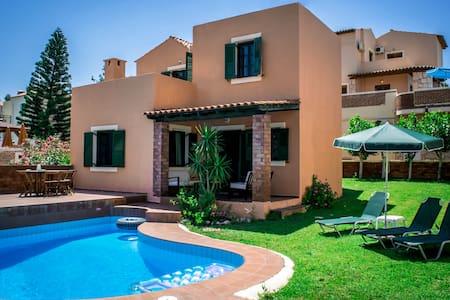 Villas Nine Muses 2 bedroom villa - Iraklio - 別荘