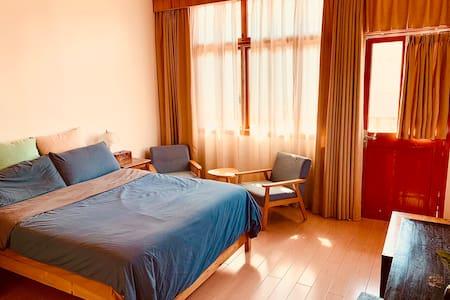 海文民宿大床房(1.5米宽床一张)