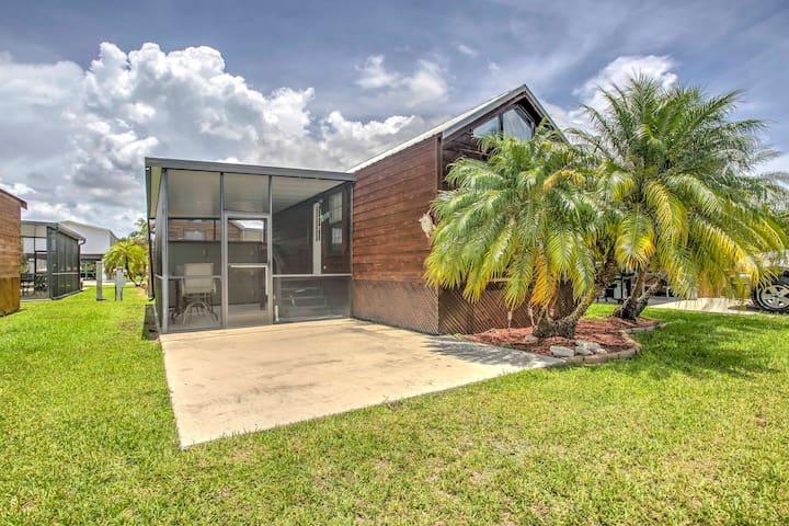 'Glades Haven' Cozy 1BR Everglades City Cabin