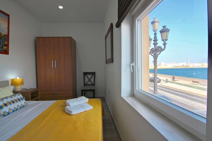 Apartamento TROPICADIZ vista al mar