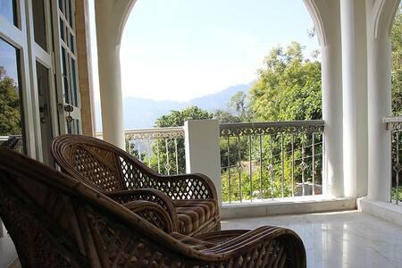 Private Rooms at Conifers Villa Naukuchiatal