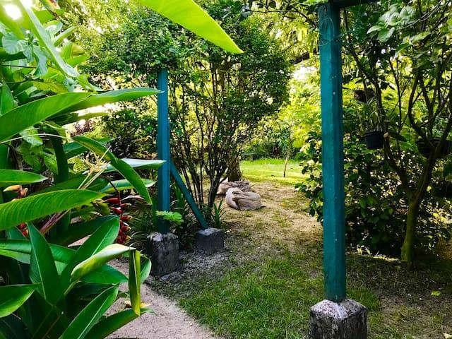 Double Bedroom apartment with Secret Garden