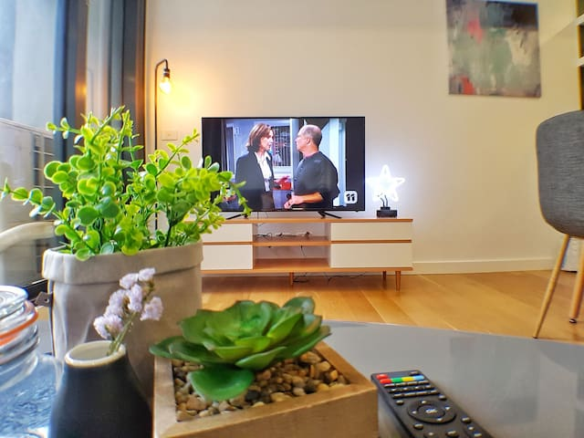 Stylish Albert park apartment 2BDR+WIFI+PARKING