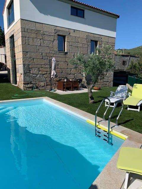 Casa de ferias  com piscina