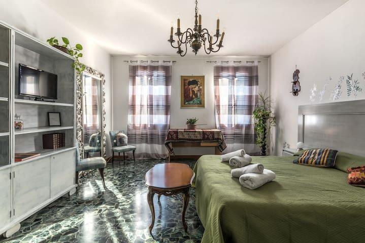 Green room a Venezia Biennale, vicina a San Marco