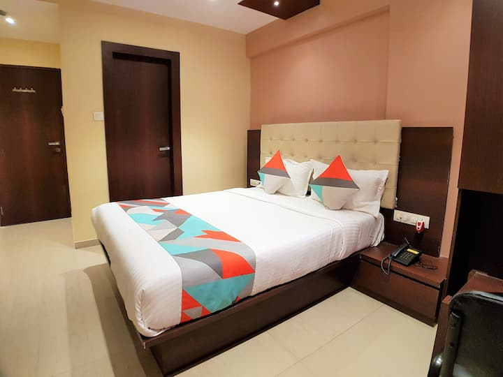 ❤ Cool Stay: Couple Friendly ✔ Queen Bed ✔Wi-Fi