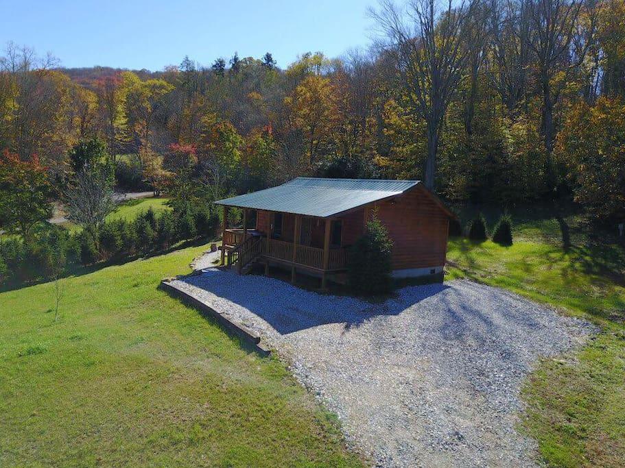 Little elk cabin cottages for rent in banner elk north for Boone ski cabin rentals